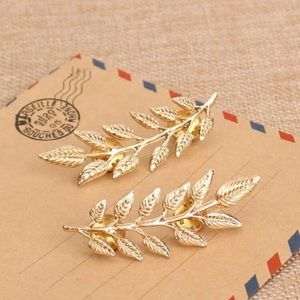 Gold Leaf Brooches - 1 Pair
